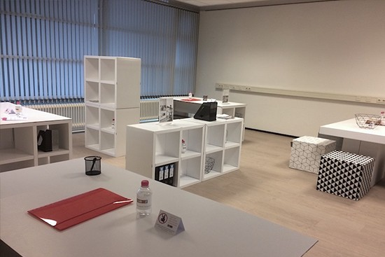 Modulare Pappmöbel LUUCK for Office Staging von Cubiqz