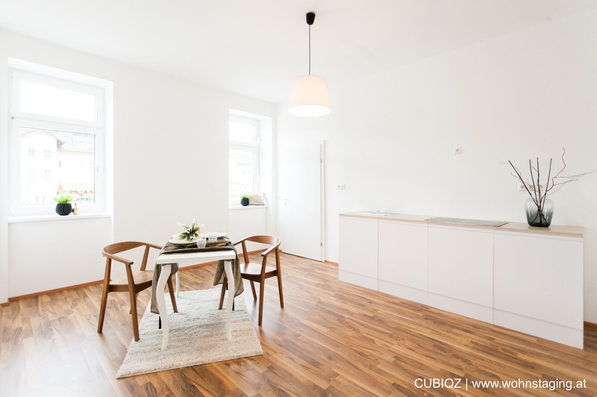 Home Staging mit CUBIQZ grifflose Pappküche 5